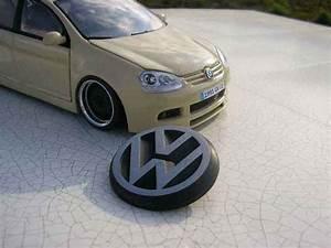 Volkswagen Golf 5 Kaufen : volkswagen golf v gti german look burago modellauto 1 18 ~ Kayakingforconservation.com Haus und Dekorationen