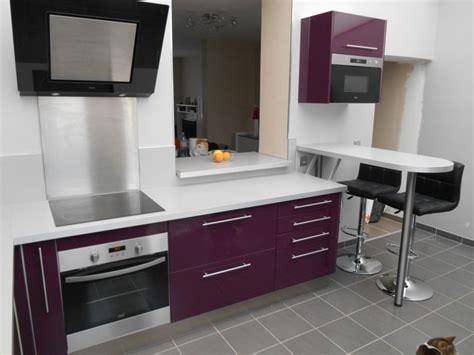 cuisine blanche et aubergine davaus cuisine blanche mur aubergine avec des