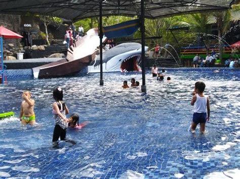 tempat wisata makoya pandaan tempat wisata indonesia