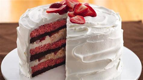cream filled strawberry brownie cake recipe  pillsburycom