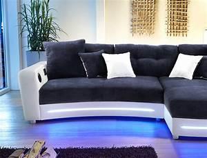 Sofa Mit Led Beleuchtung Und Sound : multimedia sofa larenio hifi wohnlandschaft 322x200 cm dunkelblau wei wohnbereiche wohnzimmer ~ Bigdaddyawards.com Haus und Dekorationen