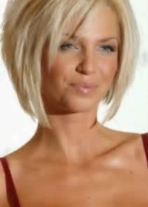 quelle coupe pour cheveux bouclã s coiffure femme visage ovale