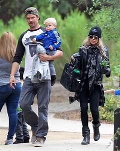 Fergie & Josh Duhamel: Sunday Family Park Day | Celeb Baby ...