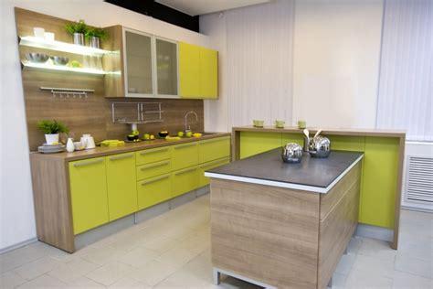 green color for kitchen virtuvės interjeras tiems kas trokšta amžino pavasario 3978