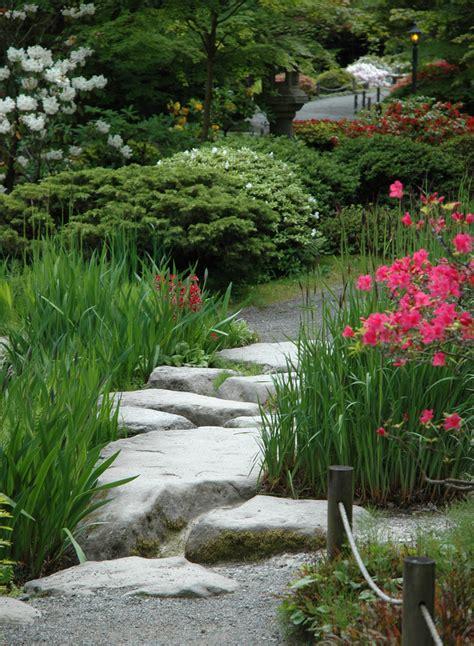 stepping stones garden garden stepping design and ideas inspirationseek