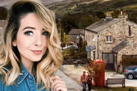 Is Youtube Megastar Zoella Set For An Emmerdale Cameo