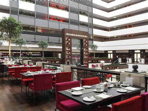 hotel avec dans la chambre a hotel de luxe budapest sofitel budapest chain bridge