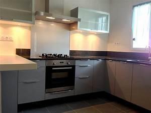 Cuisine Blanche Plan De Travail Gris : chambre bebe grise et blanche 10 ophrey cuisine blanche ~ Melissatoandfro.com Idées de Décoration