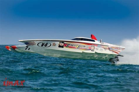 Fast Boats Racing by 93 Best Offshore Race Boats Images On Fast
