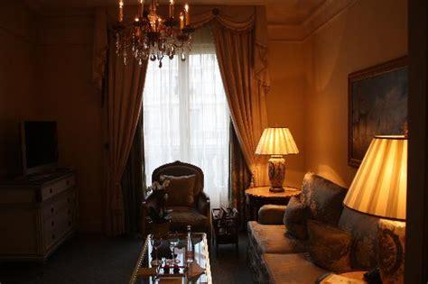 hotel georges v prix chambre chambre de la suite изображение four seasons hotel
