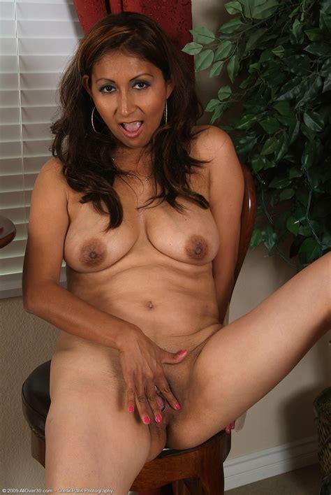 Very Cute Mature Latina Jesse -Mature Porn Photo