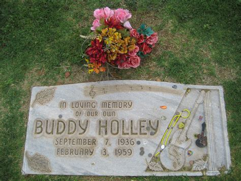 Buddy Holly Grave | Holly's funeral was held on 7 February ...