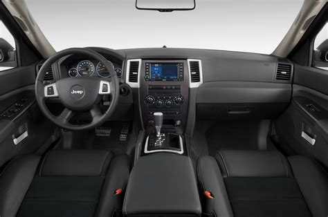 jeep grand cherokee dashboard 2010 jeep grand cherokee reviews and rating motor trend