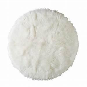 Maison Du Monde Tapis Enfant : tapis rond en fausse fourrure blanche furil ~ Teatrodelosmanantiales.com Idées de Décoration