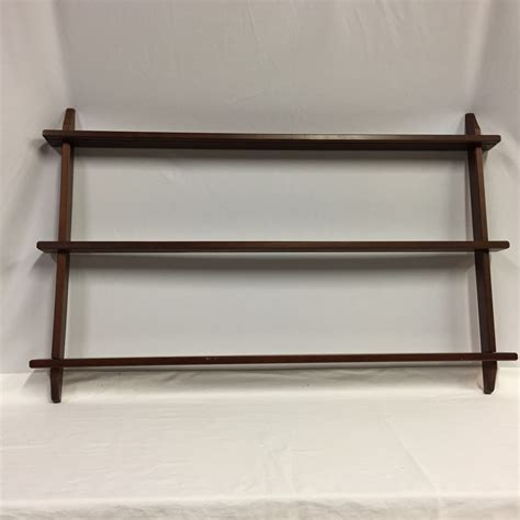 transitional design  auctions wall mount plate rack