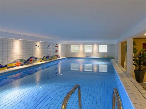 Haus Mit Innenpool by Ferienwohnung 09 Schwimmbad Sauna Solarium Wenningstedt