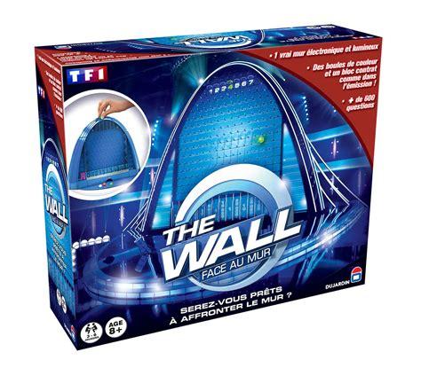 wall face au mur