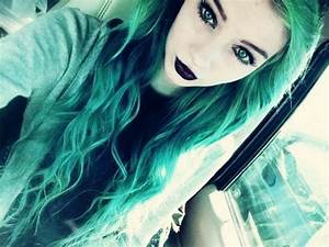 Thelonely-Freak | via Tumblr #girl hair blue hair - green ...