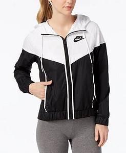 f41e2aa0307 Veste Nike Windrunner. veste nike sportswear windrunner black ...