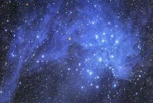 APOD: 2007 November 22 - Pleiades and Stardust