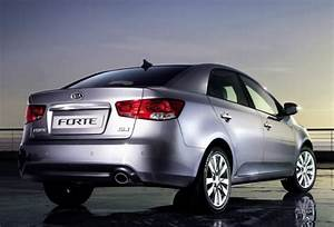 Kia Cerato Forte 2009-2010 Service Repair Manual