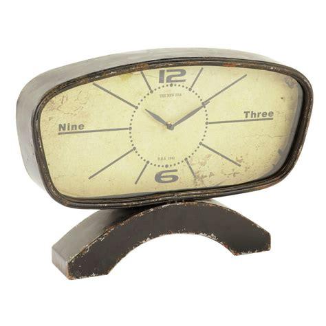 horloge 224 poser vintage en m 233 tal effet vieilli l 46 cm adam maisons du monde