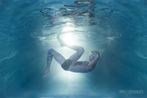 mermen brett stanley  underwater photographer