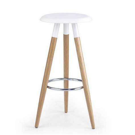 tabouret de bar scandinave tabouret scandinave blanc pieds bois stilys