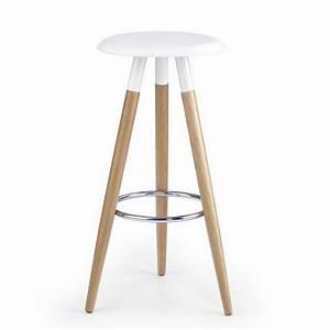 Tabouret Style Scandinave : tabouret scandinave blanc pieds bois stilys ~ Teatrodelosmanantiales.com Idées de Décoration