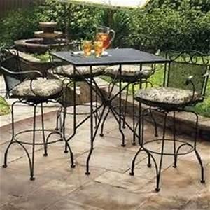 Tavoli da giardino in ferro e ceramica ~ Mobilia la tua casa