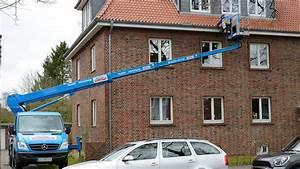 Dachrinne Reinigen Ohne Leiter : dachrinne reinigen dach b ttcher ~ Michelbontemps.com Haus und Dekorationen