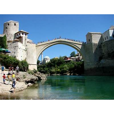 46 Spectacular Photos of Mostar Bridge in Bosnia : Places