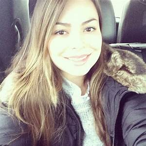 Miranda Cosgrove Instagram - Image Mag