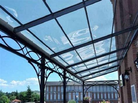 tettoia in ferro e policarbonato tettoie in alluminio e policarbonato compatto trasparente