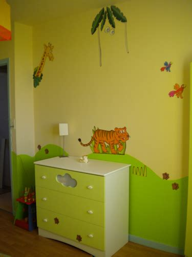 chambre bébé vert vert chambre bebe chaios com