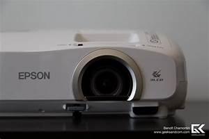 Projecteur Home Cinema : test du projecteur epson powerlite home cinema 2030 geeks and com 39 ~ Preciouscoupons.com Idées de Décoration