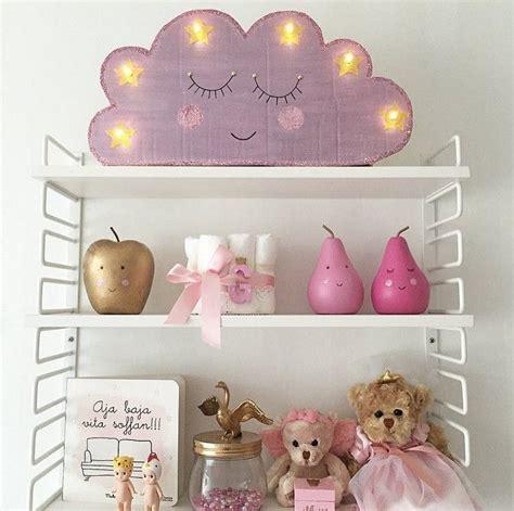 Kinderzimmer Deko Lichterkette wolken le aus karton und lichterkette basteln