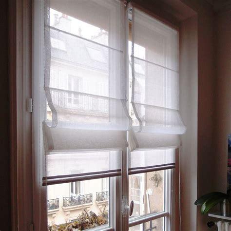 voilage fenetre cuisine 1000 idées sur le thème rideaux de la fenêtre sur