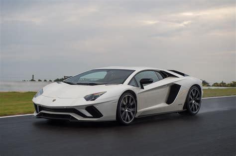 Review Lamborghini Aventador by 2017 Lamborghini Aventador S Review Caradvice