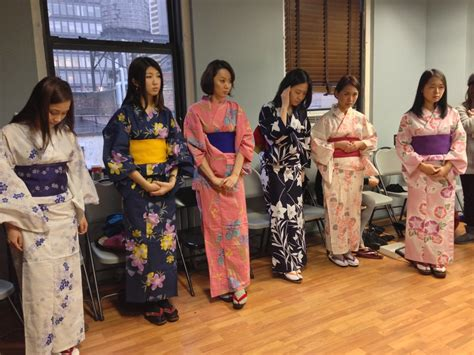 Experience Kimono At Queens Library