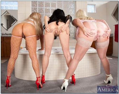 Pink Haired Hotness Angel Wicky With Group Lez Studs #Echo #Valley #Kayla #Kleevage, #Sofia #Staks