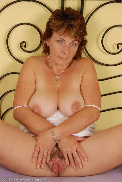 Horny Mature Misti Finger Play Her Sex Hole Milf Fox