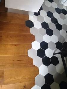 Carrelage Mural Hexagonal : carrelage hexagonal parquet ancien et le sol carrelage hexagonal carrelage et carrelage ciment ~ Carolinahurricanesstore.com Idées de Décoration