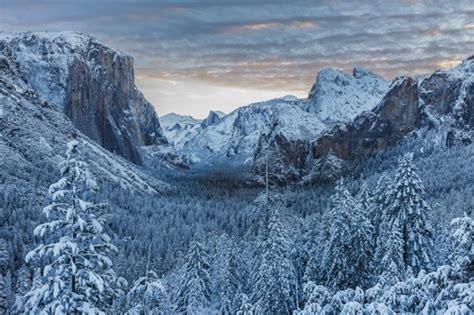 winter sunrise  yosemite valley yosemite national