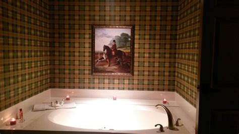 tub okc tub in room area of suite picture of inn
