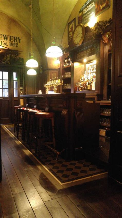 Arredamento Pub Inglese by Inglese Arredamento Per Pub Realizzazione Di Locali In