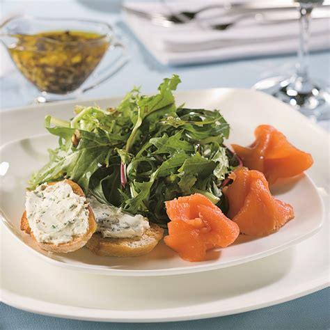 saumon cuisine salade de saumon fumé recettes cuisine et nutrition