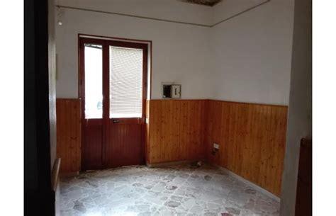 vendita appartamenti privati palermo privato vende appartamento appartamento 3 vani spazio