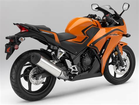 honda cbr bike details honda released the all the details of the their new 2016