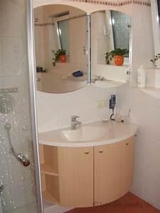 Welche Fliesengröße Für Kleine Bäder : badeinrichtungen f r kleine b der ~ Bigdaddyawards.com Haus und Dekorationen